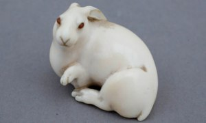 The hare with amber eyes, a netsuke belonging to ceramicist Edmund de Waal. Photograph: Martin Argles for the Guardian The Hare with Amber Eyes was been named winner of the Ondaatje Prize for Literature in May 2011.