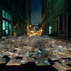 Luzinterruptus have brought their light-based street art from Madrid to NYC; this is 800 books, each with a light attached, with the intention of replacing traffic with literature. Read more: http://www.unurth.com/Luzinterruptus-Literature-Versus-Traffic-NYC#ixzz4QVd7lpQv