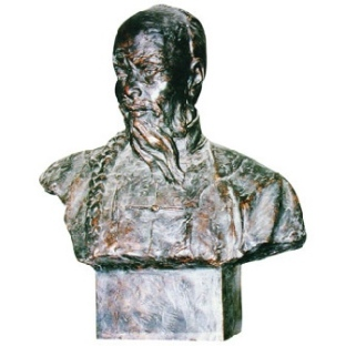 Bust of Gong Zizhen (1792-1841), originally called Gong Zuo, a thinker and litterateur of late Qing Dynasty from Renhe (now Hangzhou), Zhejiang.