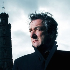 "Ken Stott as ""DCI John Rebus"" in the TV version of the books (2000 - 2007) by Ian Rankin."