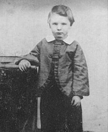 """Photograph of William """"Willie"""" Wallace Lincoln, Abraham Lincoln's son, at age 5. Born: December 21, 1850"""